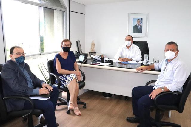 Neusa Cadore busca investimentos para região de Pintadas junto ao governo do estado