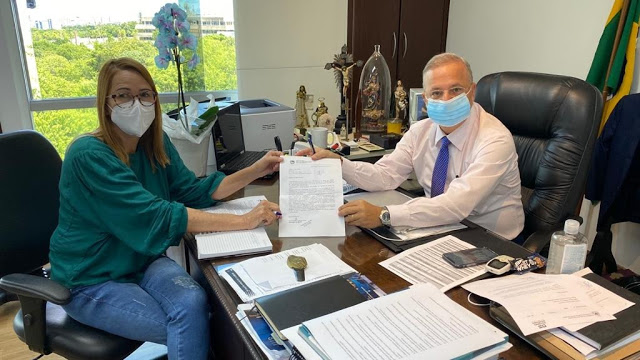 Kátia da Saúde conquista mais 10 Leitos de UTI para Jacobina