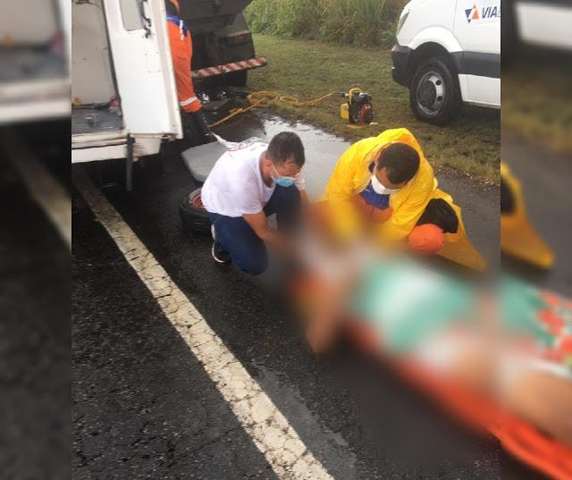 Urgente: Acidente envolvendo ambulância do município de Jacobina em Amélia Rodrigues