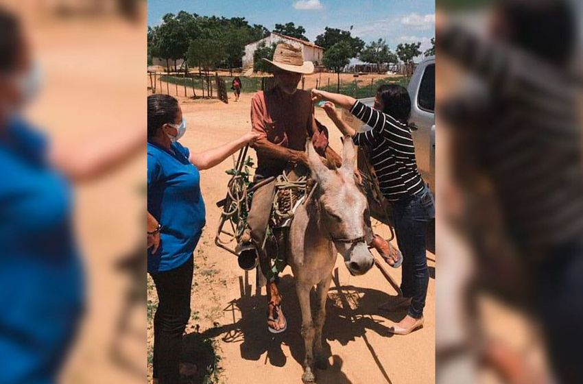 Jegue Thru: No Ceará vacina é assim