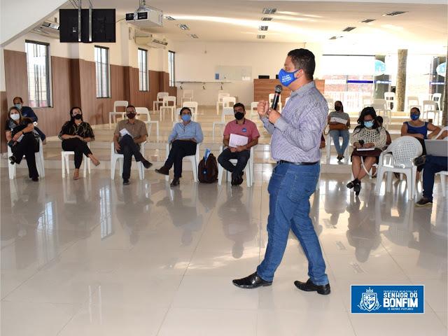 Senhor do Bonfim: Prefeito Laércio Júnior realiza reunião com secretários para avaliação dos 75 dias de governo