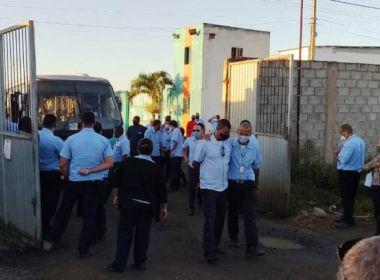 Feira de Santana: Motoristas e Cobradores de ônibus param atividades e querem vacina