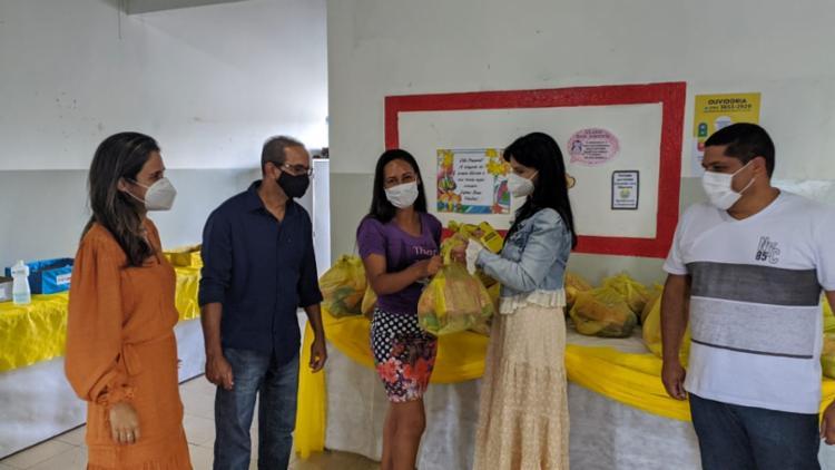 Prefeitura de Morro do Chapéu entrega kits de alimentação para mais de 6 mil alunos
