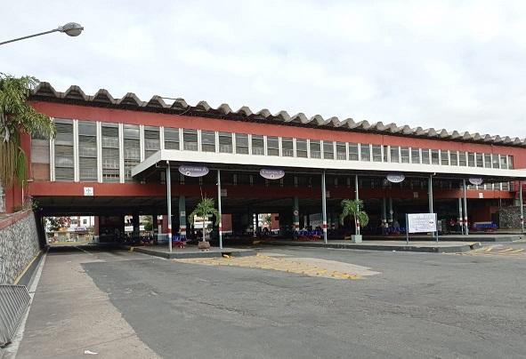 Feira de Santana: Terminal Rodoviário vazio em véspera de feriado prolongado