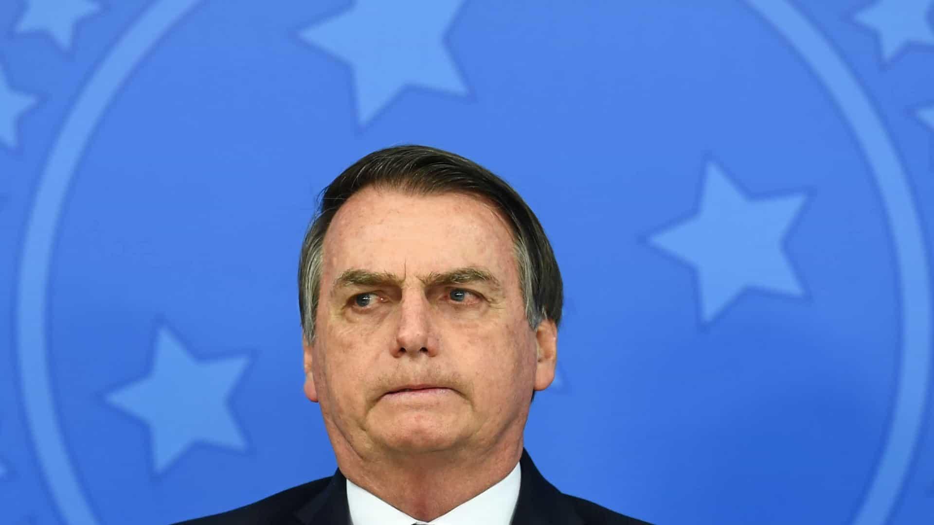 BOMBA! 15 Personalidades assinam pedido de Impeachment de Bolsonaro