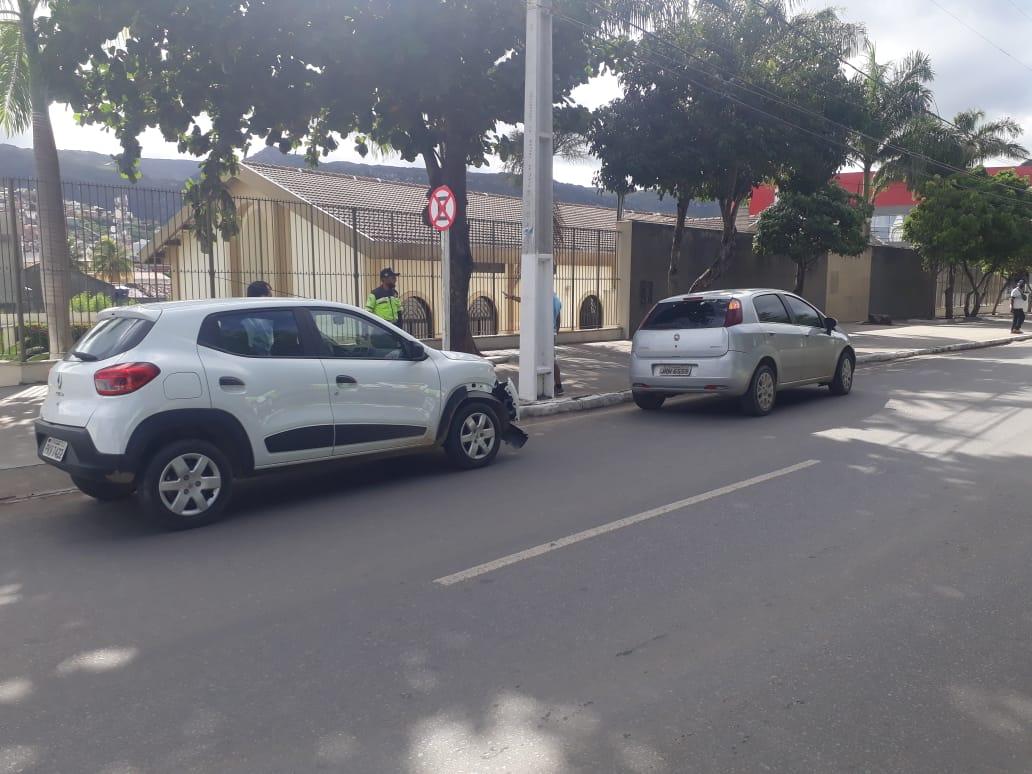 Jacobina: Acidente no início da manhã deixa trânsito lento no bairro da Estação