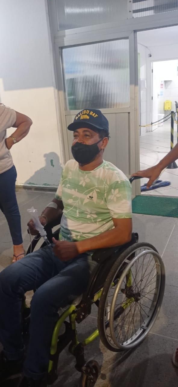 """Cantor Gilson """"O Filho do Brega"""" foi transferido para o Hospital do Subúrbio em Salvador"""