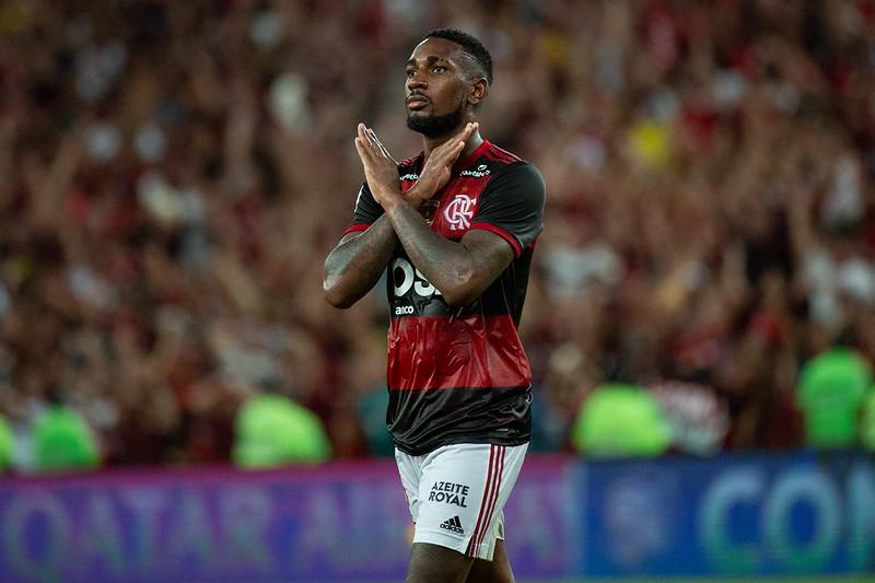 Flamengo: Gerson emociona-se em despedida ao rubro-negro