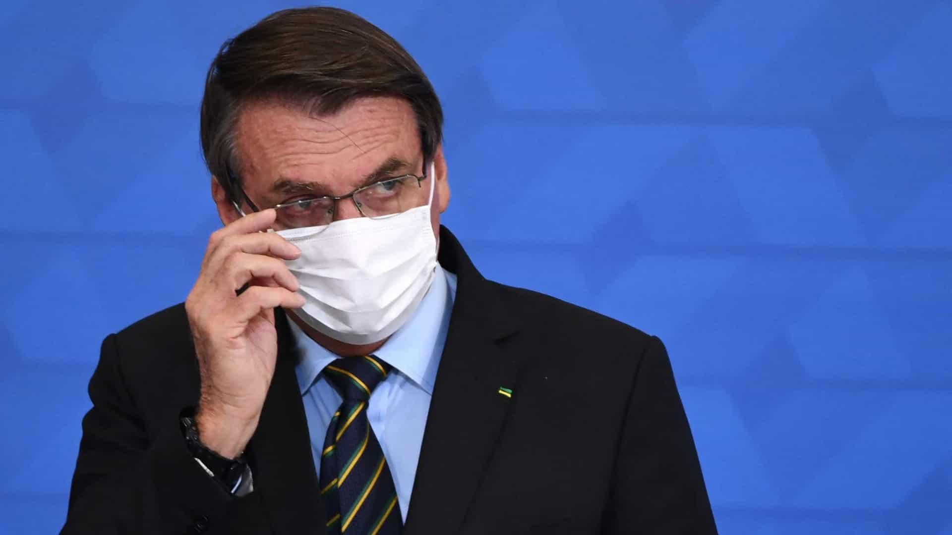 Bolsonaro sinaliza que poderá vetar fundo eleitoral de R$ 5,7 bi