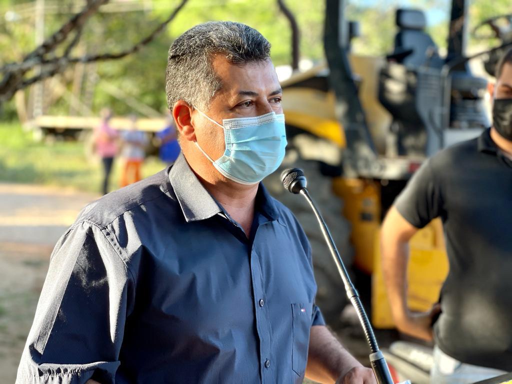 Vereador Clodoaldo Moreira cumpre agenda com o prefeito Tiago Dias