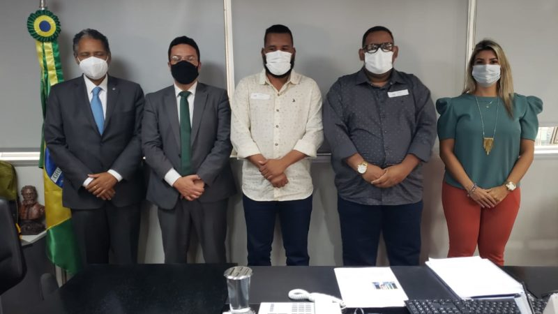Prefeito Tiago Dias vai a Brasília e garante recursos para a educação e saúde
